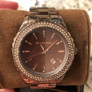 Michael Kors brown watch 💯 authentic!!